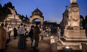 Экскурсия-по-кладбищам-Барселоны-в-ночное-время