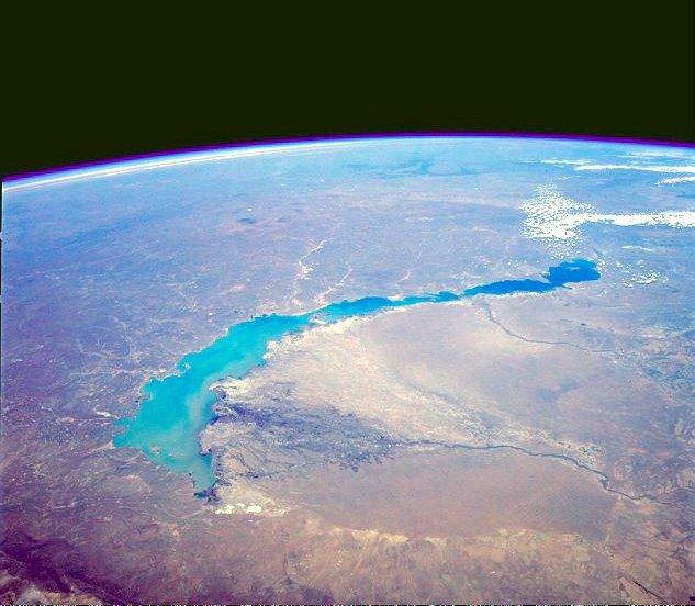 Озеро Балхаш - вид из космоса. Казахстан