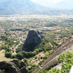 Вид из монастыря Великий Метеор на Каламбаку