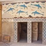 """Мегарон царицы со знаменитой фреской """"Дельфины"""", в Кносском дворце"""
