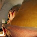 Лежачий Будда в храме Мануха. Паган